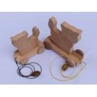 Drvena igračka - životinja za vući - Mačka