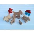 Drvena igračka - životinja na kotačima - Pas